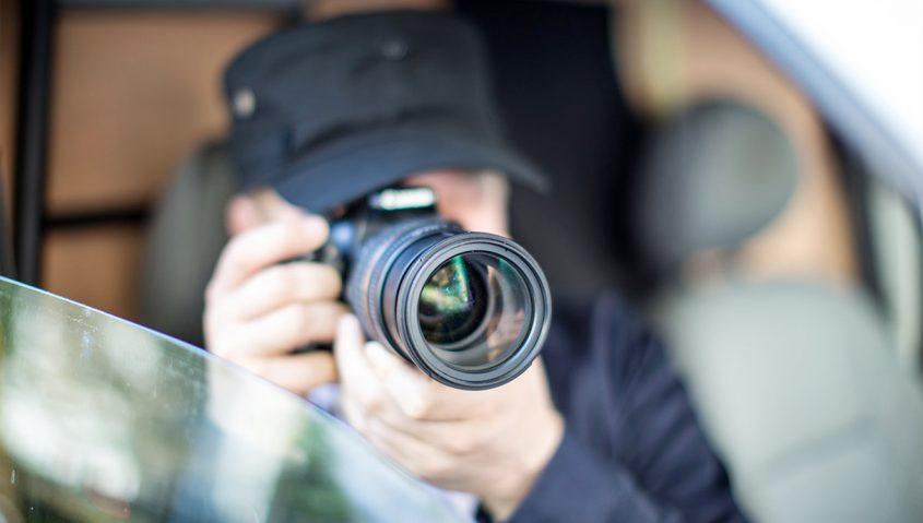 how do private investigators do surveillance