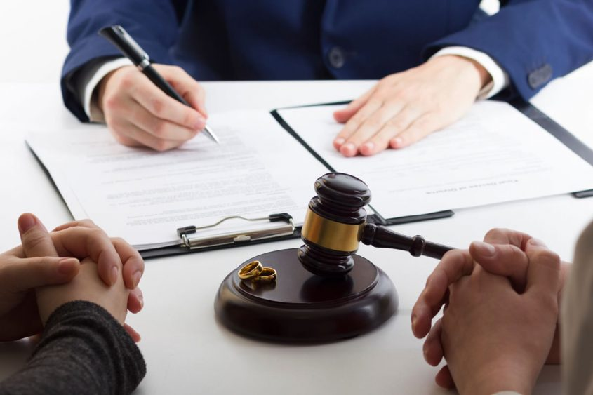 cheap divorce lawyers near me free consultation